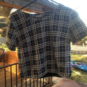 Used crop shirt on good condition